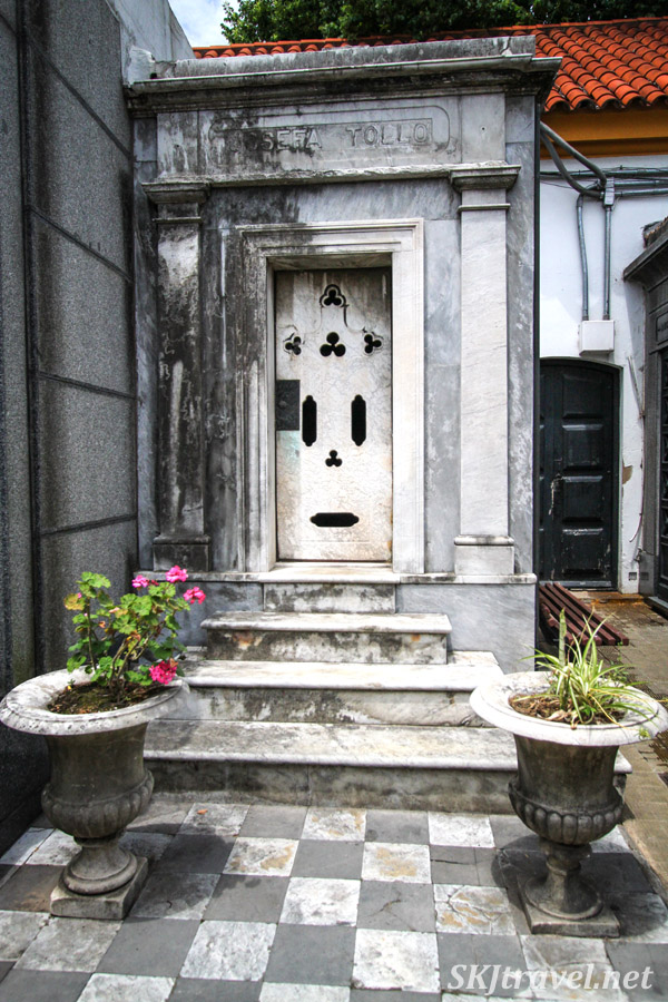 A street in the city of the dead, Recoleta Cemetery, Buenos Aires, Argentina.
