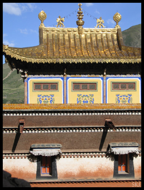 Rooftop in the monastery complex of Labrang. Xiahe, China.