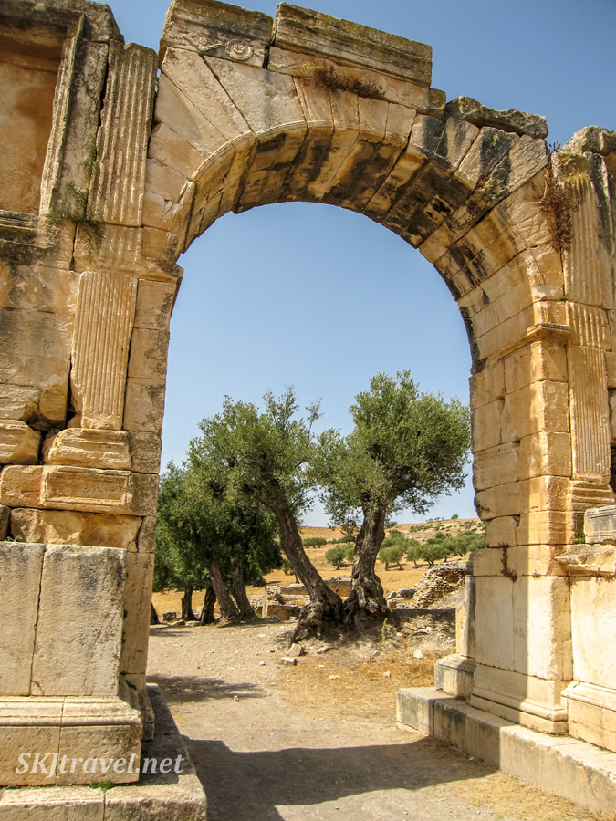 Triumphal arch of Severus Alexander at UNESCO World Heritage site, Dougga, Tunisia.