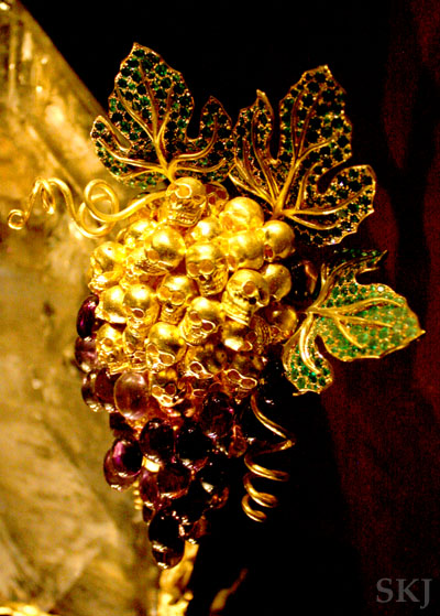 Cluster of golden skulls for a broche by Dali. photo by Shara Johnson